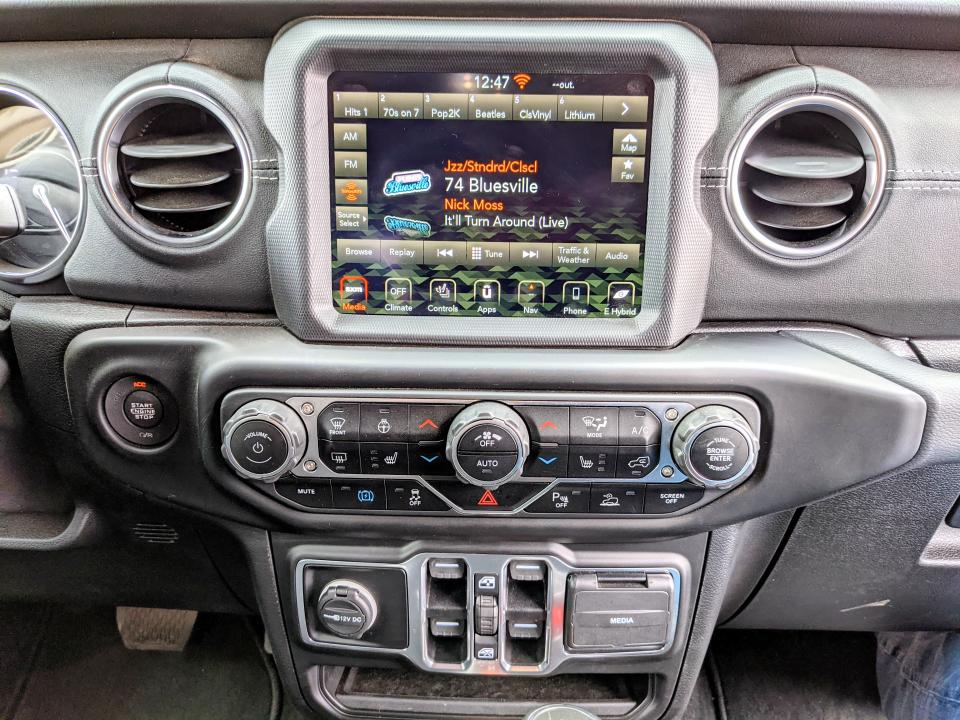 Jeep interior. Look at those glorious physical buttons!