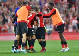 Athletic Bilbao's 38-year-old striker stuns Barcelona in La Liga title defence opener