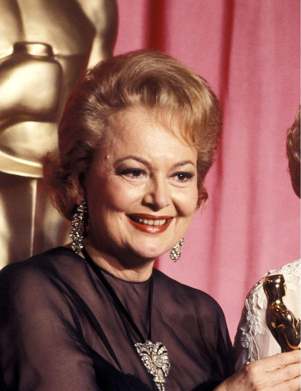 <p>Olivia at the 50th Annual Academy Awards in 1978.</p>