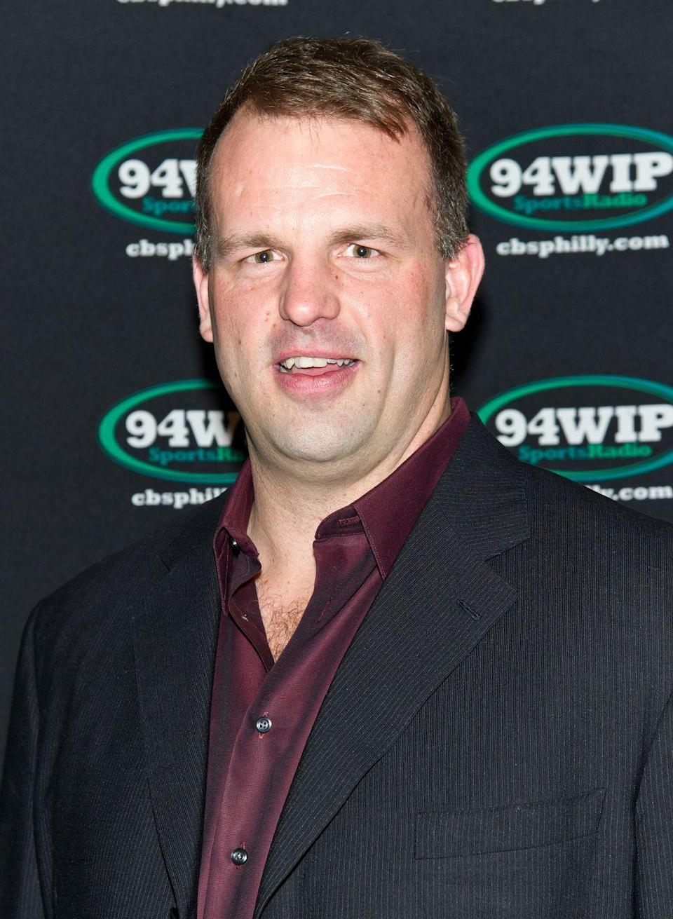 <p>NFL offensive lineman, Jon Runyan, played for the Houston Oilers, the Philadelphia Eagles, and the San Diego Chargers before his political ambitions. But 2010 marked Runyan's bid to serve in Congress as a representative of New Jersey's 3rd district, and he went on to successfully claim the title. He served from 2011 to 2015.</p>
