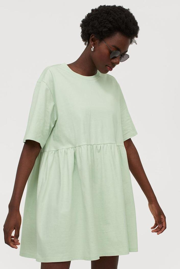 <p>Rock this <span>H&amp;M Straight-cut Dress</span> ($18) with your favorite sneakers.</p>