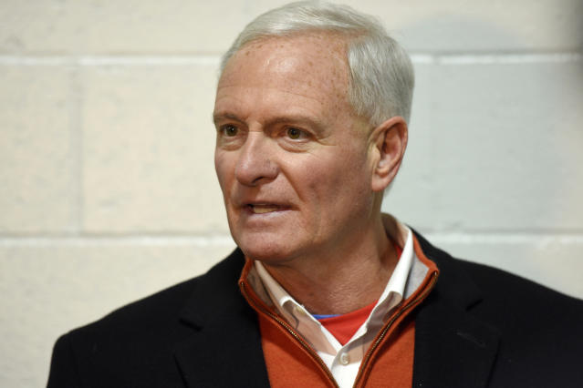 """An ESPN story looked into the <a class=""""link rapid-noclick-resp"""" href=""""/nfl/teams/cleveland/"""" data-ylk=""""slk:Cleveland Browns"""">Cleveland Browns</a>' mistakes under team owner Jimmy Haslam. (AP)"""