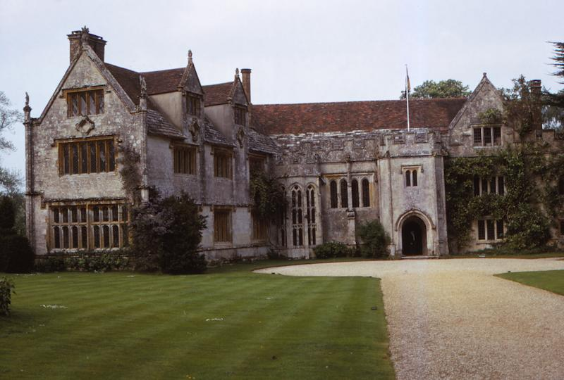 Athelhampton House, Early Tudor Medieval Manor, Dorset, 20th century. Grade I listed, 15th century Country Manor House and Gardens in Dorchester, Dorset. (Photo by CM Dixon/Heritage Images/Getty Images)
