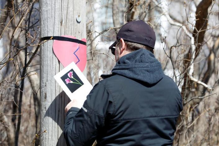 Brown puts up a memorial for the community after Wortman manhunt in Portapique