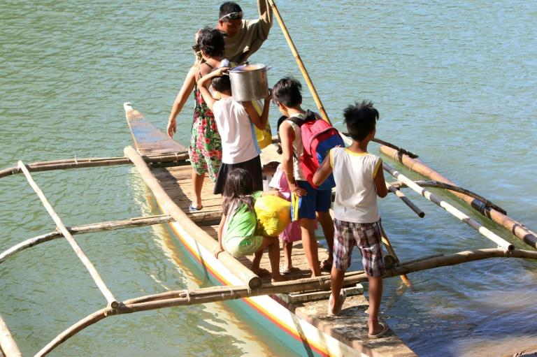 Authorities said some 100 residents had fled the fighting in Bohol