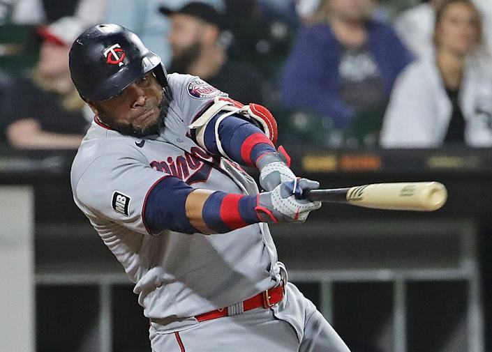 CHICAGO, ILLINOIS - JULY 21: Nelson Cruz #23 of the Minnesota Twins bats against the Chicago White Sox at Guaranteed Rate Field on July 21, 2021 in Chicago, Illinois. The Twins defeated the White Sox 7-2, (Photo by Jonathan Daniel/Getty Images)