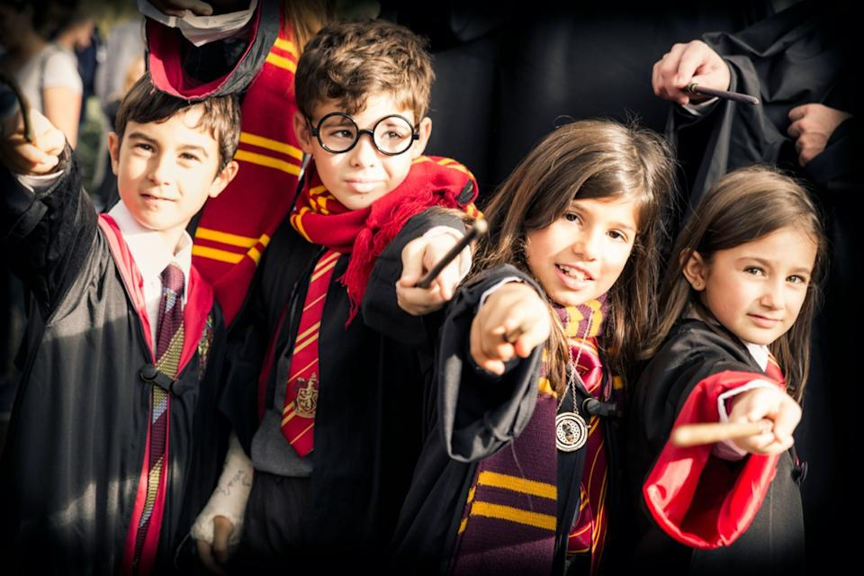 kids dressed as harry potter characters