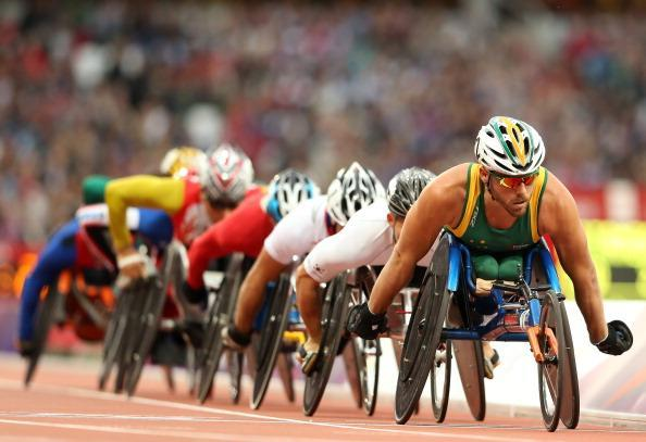 Kurt Fearnley of Australia leads the field in the Men's 5000m - T54 heats on day 2 of the London 2012 Paralympic Games at Olympic Stadium on August 31, 2012 in London, England. (Photo by Scott Heavey/Getty Images)