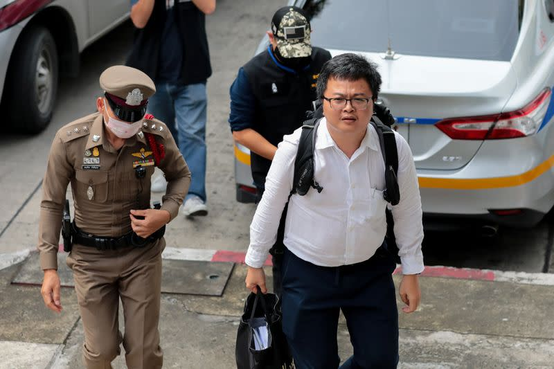 Thai police detain two leaders of student protests