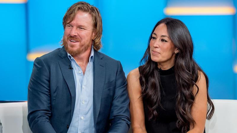 Chip and Joanna Gaines of 'Fixer Upper' Fame Slapped With $40,000 Fine Over Lead-Based Paint