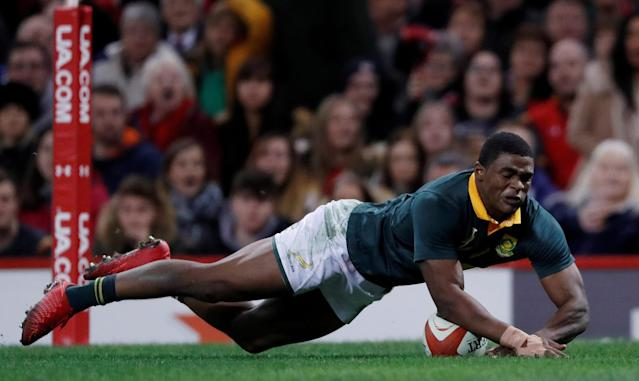 FILE PHOTO: Rugby Union - Autumn Internationals - Wales vs South Africa - Principality Stadium, Cardiff, Britain - December 2, 2017 South Africa's Warrick Gelant scores their first try Action Images via Reuters/Andrew Boyers/File Photo