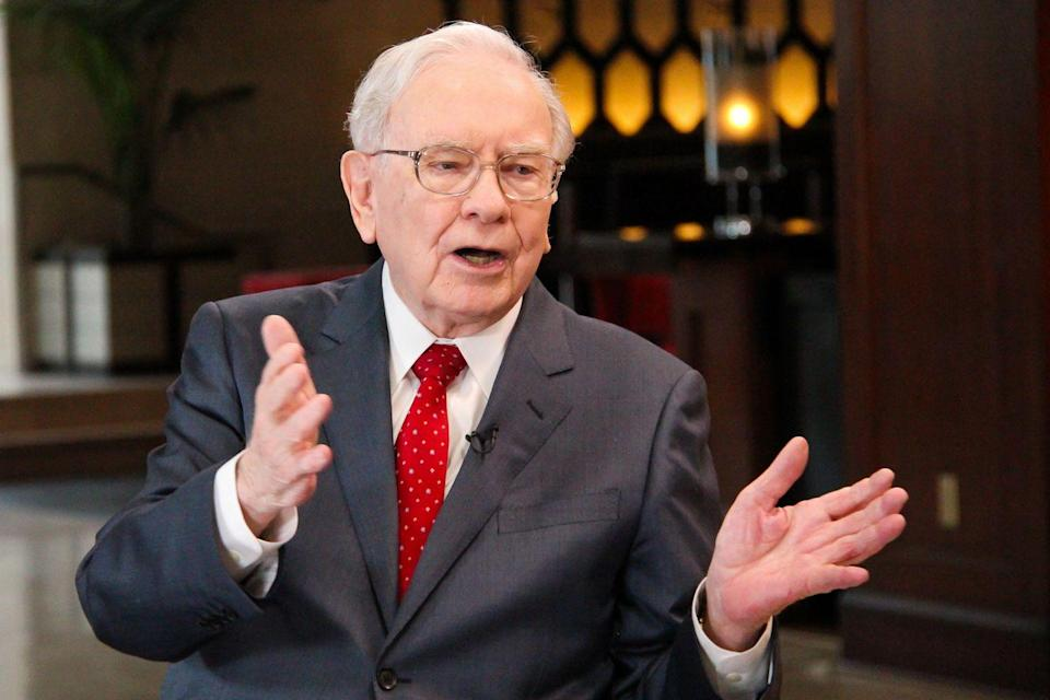 """<p>He's a titan of industry and one of the richest men in the world, but Warren Buffett is a self-proclaimed """"six-year-old"""" when it comes to his diet. He told <a href=""""https://fortune.com/2015/02/25/warren-buffett-diet-coke/"""" rel=""""nofollow noopener"""" target=""""_blank"""" data-ylk=""""slk:Fortune"""" class=""""link rapid-noclick-resp""""><em>Fortune</em></a> that he drinks at least five Coca-Colas a day (starting with breakfast), which he pairs with potato sticks and ice cream. </p>"""