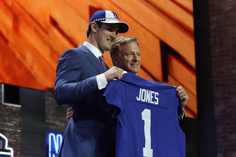 NASHVILLE, TN - APRIL 25: Duke quarterback Daniel Jones is selected with the 6th pick by the New York Giants during the first round of the 2019 NFL Draft on April 25, 2019, at the Draft Main Stage on Lower Broadway in downtown Nashville, TN. (Photo by Michael Wade/Icon Sportswire via Getty Images)
