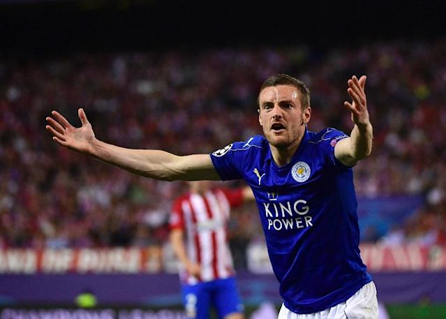 Leicester City's forward Jamie Vardy shouts and gestures during the UEFA Champions League quarter final first leg football match Club Atletico de Madrid vs Leicester City at the Vicente Calderon stadium in Madrid on April 12, 2017 (AFP Photo/PIERRE-PHILIPPE MARCOU)