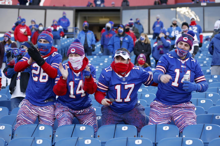 Bills fans have been donating to Ravens QB Lamar Jackson's favorite charity after he left the divisional round playoff game with a concussion. (Photo by Bryan Bennett/Getty Images)