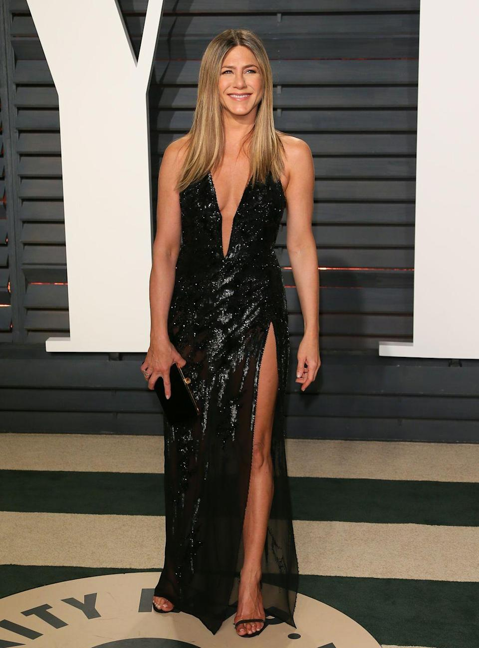 "<p>Jennifer has the same body she rocked during the early days of <em>Friends</em>, but her workouts have only gotten harder throughout the years. According to <a href=""https://www.womenshealthmag.com/fitness/a26280079/jennifer-aniston-birthday-workout/"" rel=""nofollow noopener"" target=""_blank"" data-ylk=""slk:her trainer"" class=""link rapid-noclick-resp"">her trainer</a>, Leyon Azubuike, Jennifer loves to box—and I have a feeling she has a mean right hook.</p>"