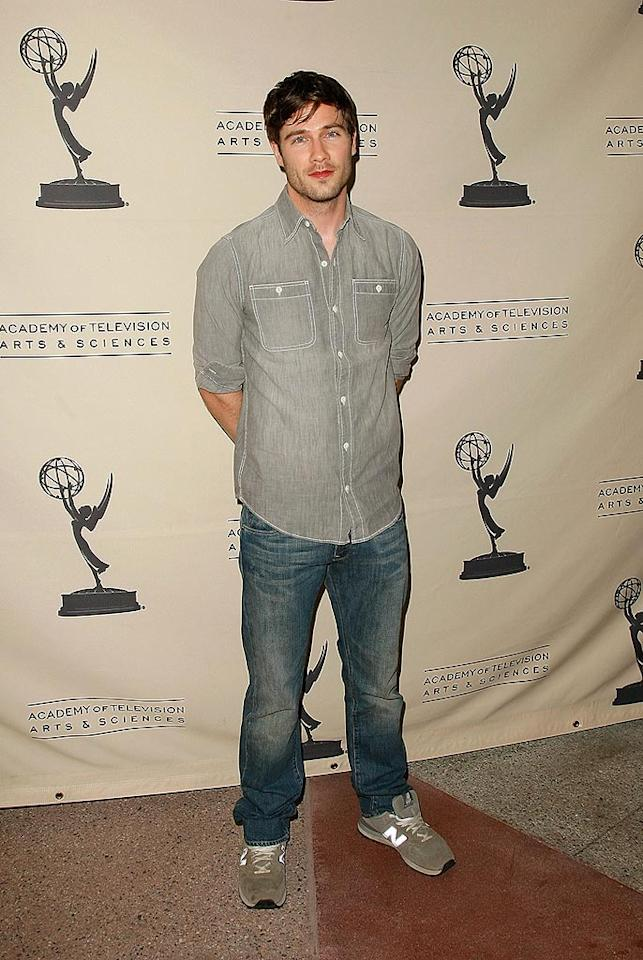 "Luke MacFarlane's portrayal of a gay man on ""Brothers and Sisters"" helped facilitate his coming out in April 2008. Mathew Imaging/<a href=""http://www.wireimage.com"" target=""new"">WireImage.com</a> - April 28, 2008"