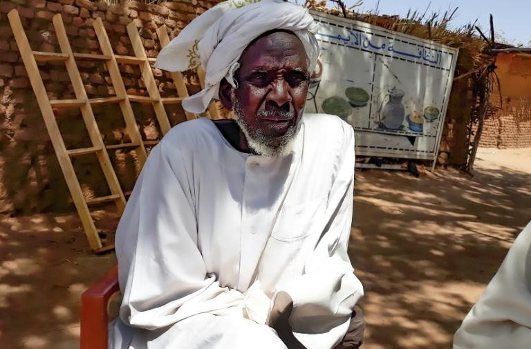 Hassan Isaac Mohamed, an internally displaced person who escaped fighting in Sudan's Darfur region and lives in Camp Kalma (AFP Photo/-)