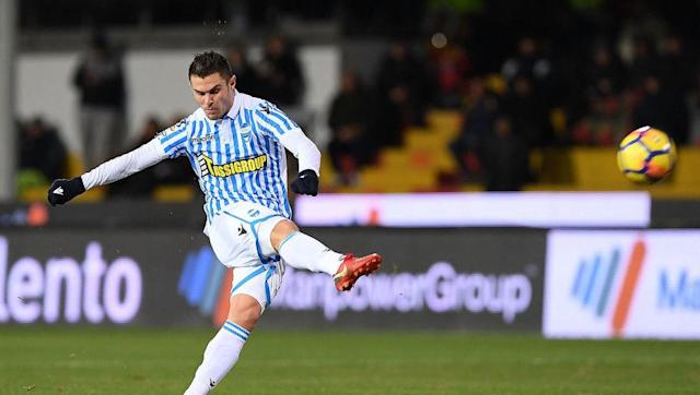 <p>Watford could with someone to patrol in front of the defence, and SPAL midfielder Federico Viviani could be an option.</p> <br><p>Viviani has good discipline, and additionally, takes a mean free-kick which is always a bonus in a player.</p> <br><p>The Hornets' Abdoulaye Doucoure has brought more of an attacking side to his game this season, and Richarlison probably isn't tracking back any time soon.</p>