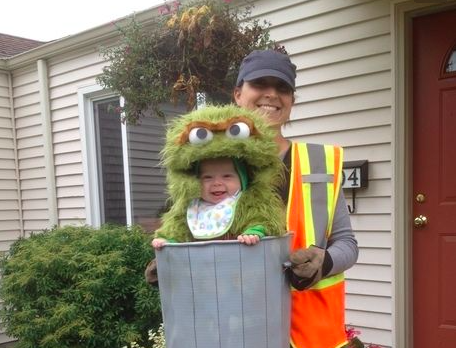 These adorable parent and child Halloween costume ideas will make you want a kid stat  sc 1 st  Yahoo Sports & These adorable parent and child Halloween costume ideas will make ...