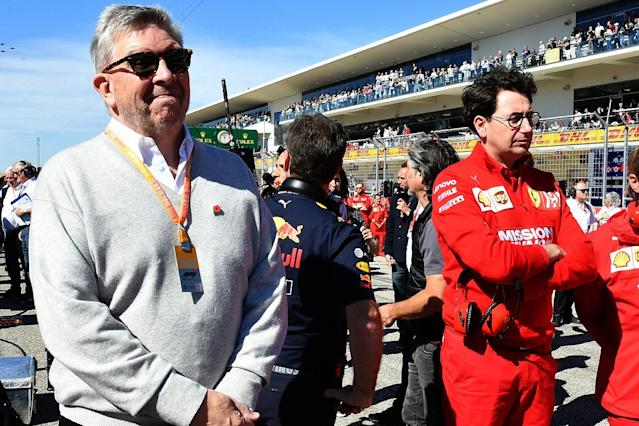 Brawn: Ferrari drivers should be like Hamilton