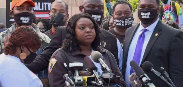 PHOTO: Bianca Austin, Breonna Taylor's aunt speaks at a press conference on Sept. 25, 2020. (ABC News)