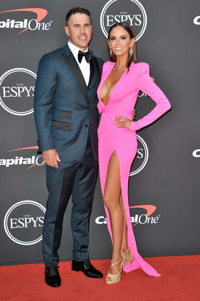 "<h1 class=""title"">The 2019 ESPYs - Arrivals</h1> <div class=""caption""> LOS ANGELES, CALIFORNIA - JULY 10: (L-R) Brooks Koepka and Jena Sims attend the 2019 ESPY Awards at Microsoft Theater on July 10, 2019 in Los Angeles, California. (Photo by Allen Berezovsky/WireImage) </div> <cite class=""credit"">Allen Berezovsky</cite>"