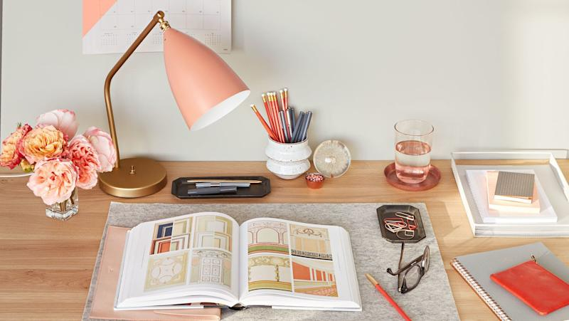 10 Small Space Decorating Ideas Perfect for Dorm Rooms
