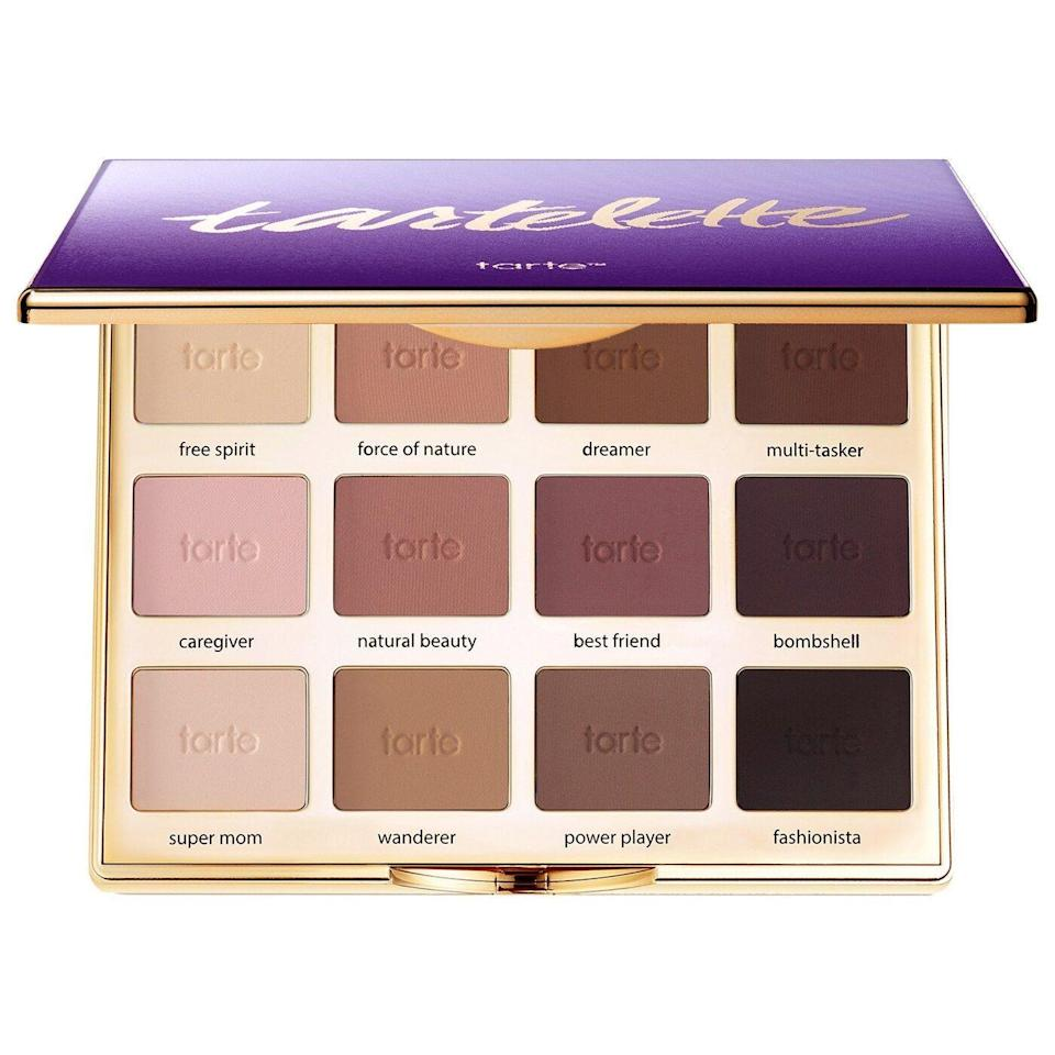 "<p><strong>tarte</strong></p><p>sephora.com</p><p><strong>$54.00</strong></p><p><a href=""https://go.redirectingat.com?id=74968X1596630&url=https%3A%2F%2Fwww.sephora.com%2Fproduct%2Ftartelette-amazonian-clay-matte-eyeshadow-palette-P391759&sref=https%3A%2F%2Fwww.townandcountrymag.com%2Fstyle%2Fg35203959%2Fbest-makeup-for-work-looks%2F"" rel=""nofollow noopener"" target=""_blank"" data-ylk=""slk:Shop Now"" class=""link rapid-noclick-resp"">Shop Now</a></p>"