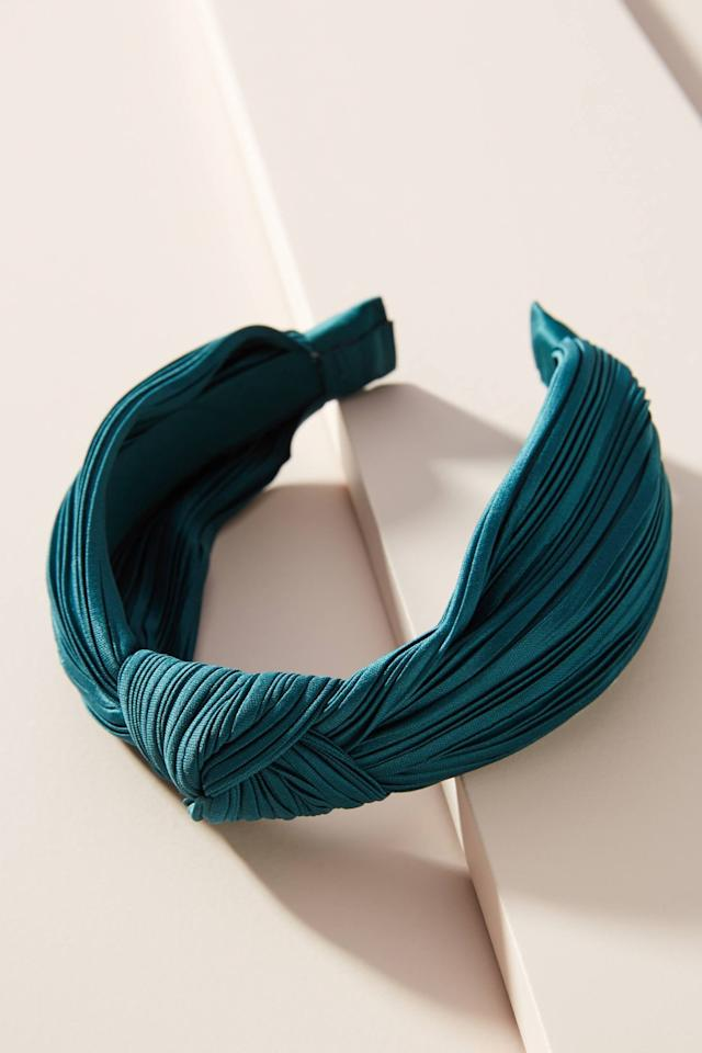 """<p>This <a href=""""https://www.popsugar.com/buy/Lauren-Knotted-Headband-524375?p_name=Lauren%20Knotted%20Headband&retailer=anthropologie.com&pid=524375&price=18&evar1=fab%3Aus&evar9=36282856&evar98=https%3A%2F%2Fwww.popsugar.com%2Fphoto-gallery%2F36282856%2Fimage%2F47005297%2FLauren-Knotted-Headband&list1=shopping%2Cgifts%2Choliday%2Cgift%20guide%2Choliday%20fashion%2Cfashion%20gifts&prop13=api&pdata=1"""" rel=""""nofollow"""" data-shoppable-link=""""1"""" target=""""_blank"""" class=""""ga-track"""" data-ga-category=""""Related"""" data-ga-label=""""https://www.anthropologie.com/shop/lauren-knotted-headband?category=holiday-gifts-under-50&amp;color=061&amp;quantity=1&amp;size=One%20Size&amp;type=STANDARD"""" data-ga-action=""""In-Line Links"""">Lauren Knotted Headband</a> ($18) comes in so many cute colors that'll go with all their outfits.</p>"""