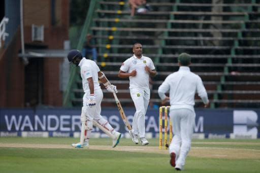 Sri Lanka show resolve in South Africa Test after early wicket