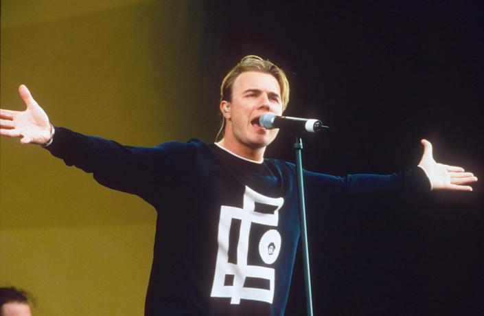 Gary Barlow performs as Capital FM radio station Party In The Park for The Princes Trust Charity in 1998. (Photo by Brian Rasic/Getty Images)