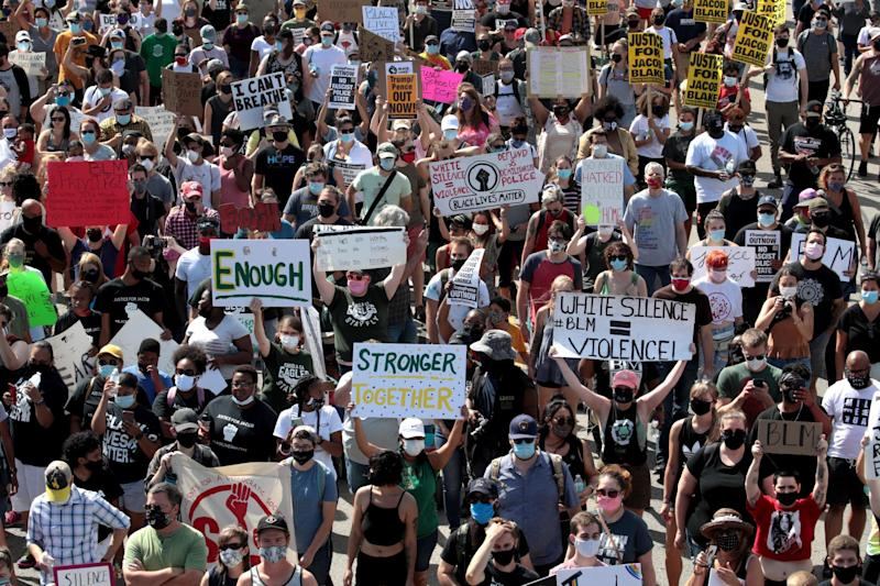 People march in support of Jacob Blake and his family to the Kenosha County Courthouse (Getty Images)