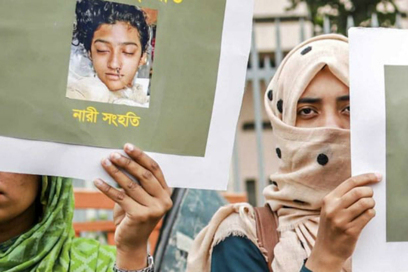 Protests Erupt Across Dhaka After 19-Year-Old Burned to Death For Accusing Teacher of Sexual Harassment