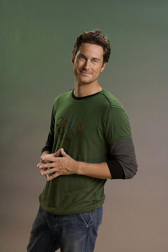 """Oliver Hudson stars as Adam on """"Rules of Engagement."""""""