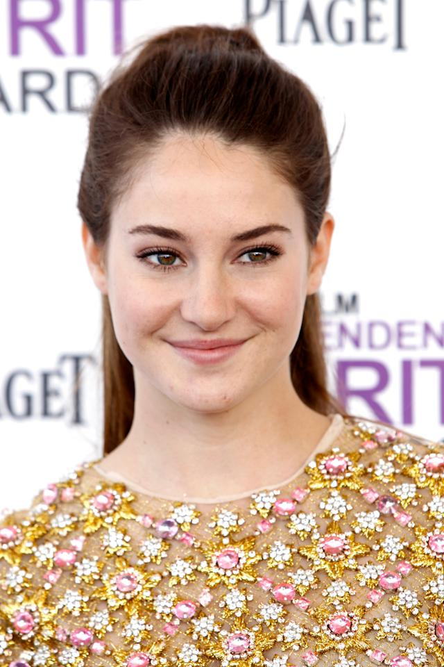 Shailene Woodley arrives at the Independent Spirit Awards on Saturday, Feb. 25, 2012, in Santa Monica, Calif. (AP Photo/Joel Ryan)