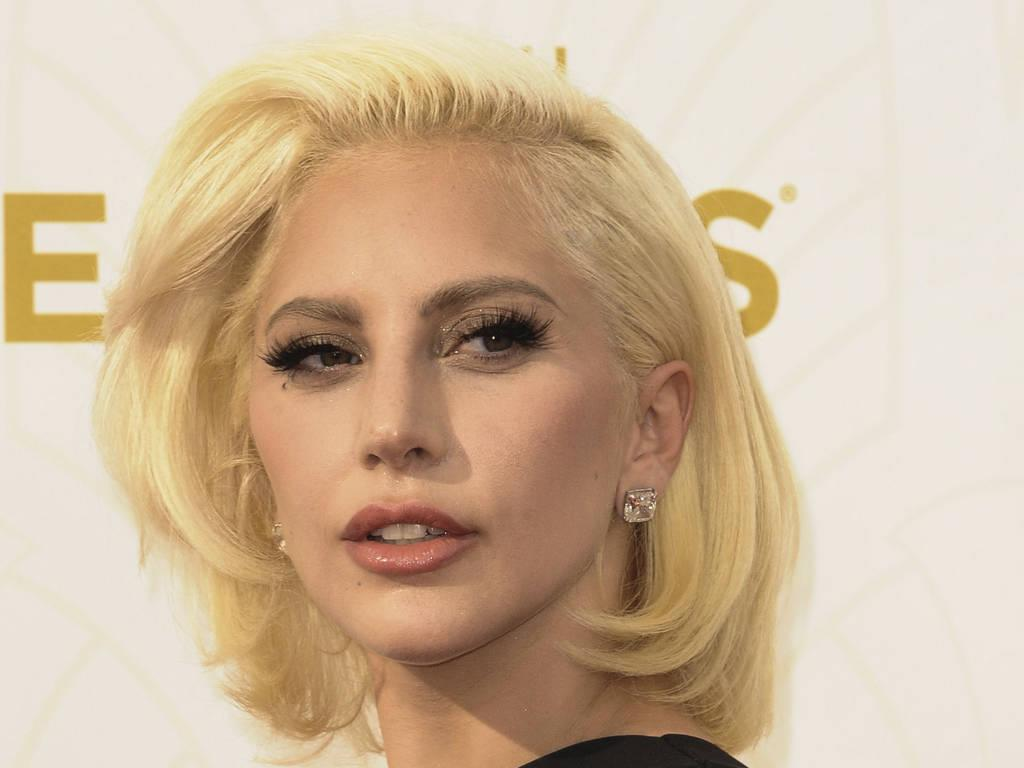 Lady Gaga to be honoured for music education efforts