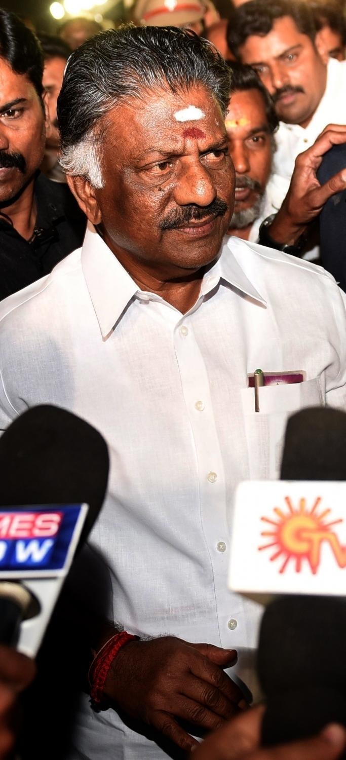 <p>He started his political career as a worker of the then united DMK in 1969 at the age of 18. </p>