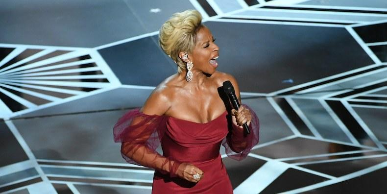 """Oscars 2018: Watch Mary J. Blige Perform """"Mighty River"""""""