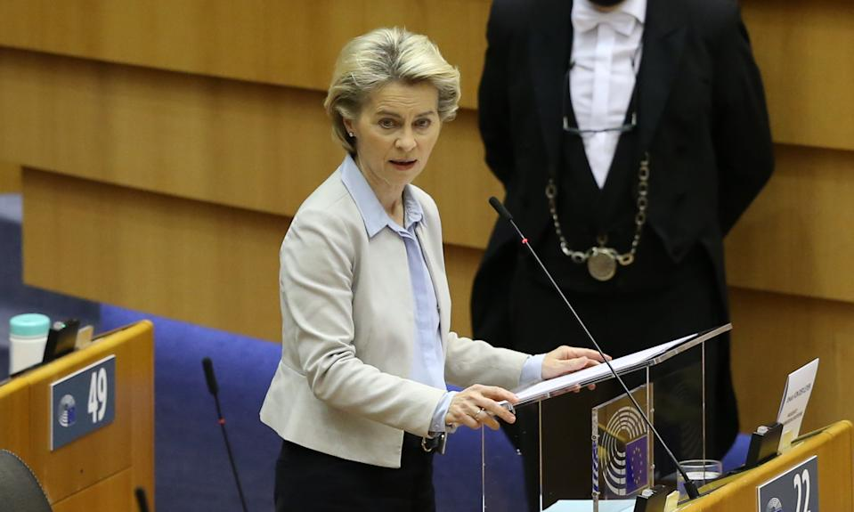 BRUSSELS, BELGIUM - NOVEMBER 25: European Commission President Ursula Von Der Leyen speaks during a plenary session at the European Parliament in Brussels on November 25, 2020. (Photo by Dursun Aydemir/Anadolu Agency via Getty Images)