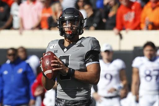 No. 11 Oklahoma State QB Sanders exits game with injury