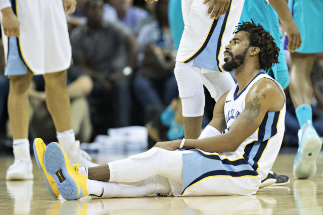 "<a class=""link rapid-noclick-resp"" href=""/nba/players/4246/"" data-ylk=""slk:Mike Conley"">Mike Conley</a>'s going to be sitting down for a while. (Getty)"