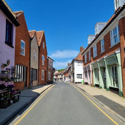 """<p>An unspoilt market town beside the River Bure, Aylsham is the place to check out Norfolk's slow food movement and shop for local produce. It's also where you'll find the beautiful Jacobean house Blickling Hall, which was home to the Boleyn family until 1505. Another must-do in Aylsham is a ride on the Bure Valley Railway, a narrow-gauge steam railway which takes you through pretty countryside to Wroxham.</p><p><a class=""""link rapid-noclick-resp"""" href=""""https://www.countrylivingholidays.com/tours/norfolk-broads-rail-tour"""" rel=""""nofollow noopener"""" target=""""_blank"""" data-ylk=""""slk:EXPERIENCE IT ON CL'S RAIL ESCAPE"""">EXPERIENCE IT ON CL'S RAIL ESCAPE</a></p><p><a href=""""https://www.instagram.com/p/CPobB2FF25k/"""" rel=""""nofollow noopener"""" target=""""_blank"""" data-ylk=""""slk:See the original post on Instagram"""" class=""""link rapid-noclick-resp"""">See the original post on Instagram</a></p>"""