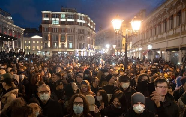 Thousands of people attend a rally in support of Navalny in Moscow on April 21.