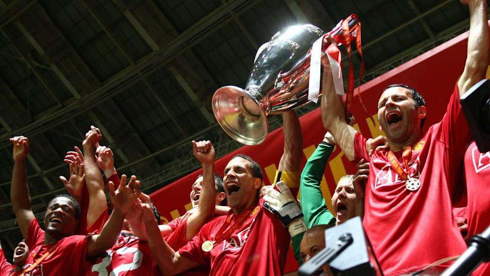 Manchester United's Rio Ferdinand (C) an | AFP/Getty Images