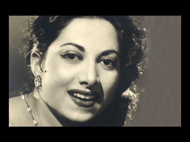 "<b>2. Suraiya</b><br>Highest paid female star of the 40s, she had an edge over her contemporaries because she was not only an actress, but a singer too! The first Melody Queen of the industry, she was applauded by the then Prime Minister Jawaharlal Nehru for putting ""life in the soul of 'Mirza Ghalib' (1954)."""