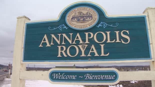 The mayor of Annapolis Royal said the generation station had been a tourist destination in the town.