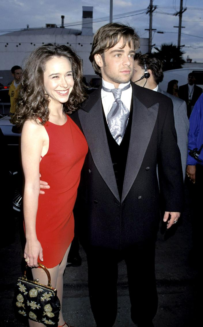 "Jennifer Love Hewitt and Joey Lawrence were <a href=""http://www.ivillage.com/jennifer-love-hewitt-cheating-famous-boyfriends-book/1-a-142303"" rel=""nofollow noopener"" target=""_blank"" data-ylk=""slk:a match made in teen icon heaven"" class=""link rapid-noclick-resp"">a match made in teen icon heaven</a> from 1995 - 1996."