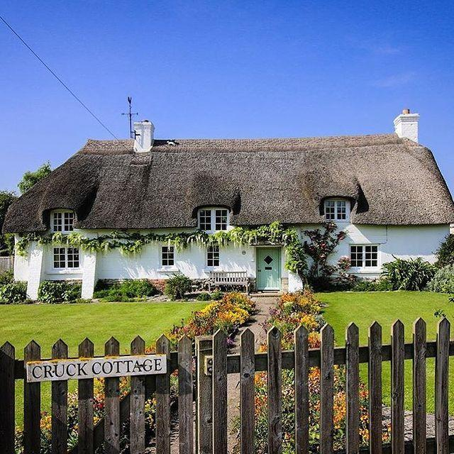 """<p>Centred around a classic village green and with thatched cottages that haven't changed in centuries, Briantspuddle is a sleepy village which was named Best Small Village in 2018's Dorset Village Awards. </p><p>Soak up all the idyllic rural scenery that this corner of Dorset as to offer with a walk from here through the beautiful Piddle Valley, taking in the nearby villages of Turners Puddle and Tolpuddle too.</p><p><strong>Where to stay:</strong> If you fancy a slice of rural Dorset life then stay at the <a href=""""https://go.redirectingat.com?id=127X1599956&url=https%3A%2F%2Fwww.booking.com%2Fhotel%2Fgb%2Fguest-suite-at-31-little-england.en-gb.html%3Faid%3D2070936%26label%3Ddorset-villages&sref=https%3A%2F%2Fwww.prima.co.uk%2Ftravel%2Fg35967807%2Fdorset-villages%2F"""" rel=""""nofollow noopener"""" target=""""_blank"""" data-ylk=""""slk:Guest Suite at 31 Little England"""" class=""""link rapid-noclick-resp"""">Guest Suite at 31 Little England</a>, a lovely thatched cottage five minutes' drive from Briantspuddle with an inviting garden and cosy, traditional feel. </p><p><a class=""""link rapid-noclick-resp"""" href=""""https://go.redirectingat.com?id=127X1599956&url=https%3A%2F%2Fwww.booking.com%2Fhotel%2Fgb%2Fguest-suite-at-31-little-england.en-gb.html%3Faid%3D2070936%26label%3Ddorset-villages&sref=https%3A%2F%2Fwww.prima.co.uk%2Ftravel%2Fg35967807%2Fdorset-villages%2F"""" rel=""""nofollow noopener"""" target=""""_blank"""" data-ylk=""""slk:CHECK AVAILABILITY"""">CHECK AVAILABILITY</a></p><p><strong>Explore Dorset's wonderful countryside and the River Cottage Estate on a Prima Holiday, where you'll <a href=""""https://www.primaholidays.co.uk/tours/somerset-dorset-river-cottage-hugh-fearnley-whittingstall"""" rel=""""nofollow noopener"""" target=""""_blank"""" data-ylk=""""slk:meet TV chef Hugh Fearnley-Whittingstall"""" class=""""link rapid-noclick-resp"""">meet TV chef Hugh Fearnley-Whittingstall</a> for some unique foodie experiences.</strong></p><p><a class=""""link rapid-noclick-resp"""" href=""""https://www.primaholidays.co.uk/tours/somerset-dorset-rive"""