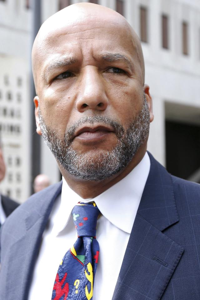 Former New Orleans Mayor C. Ray Nagin leaves court after being sentenced to 10 years in New Orleans, Louisiana July 9, 2014. A jury in February found Nagin guilty of charges including bribery, wire fraud, conspiracy, money laundering and tax evasion, all in the wake of Hurricane Katrina. REUTERS/Jonathan Bachman (UNITED STATES - Tags: CRIME LAW POLITICS HEADSHOT)